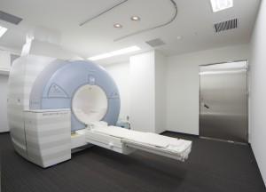 024_1階 MRI室(2)_8583